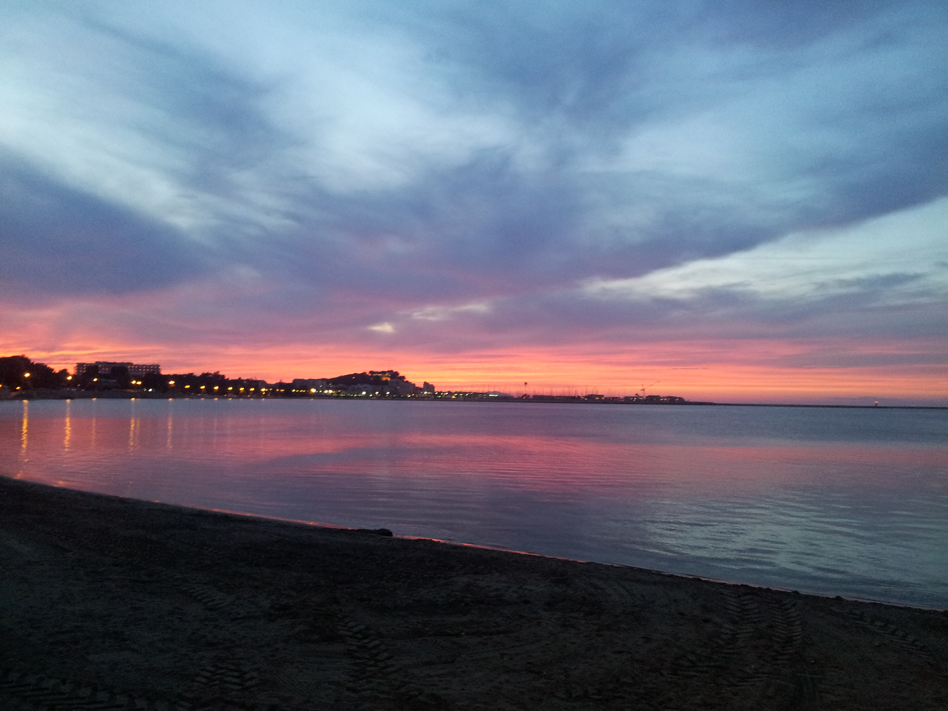 Le migliori spiagge di valencia per le tue vacanze for Spiaggia malvarrosa valencia