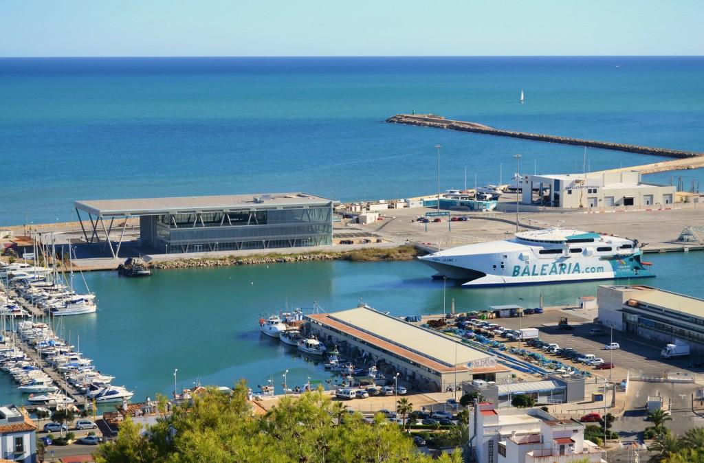 Port_de_Dénia_i_terminal_de_passatgers