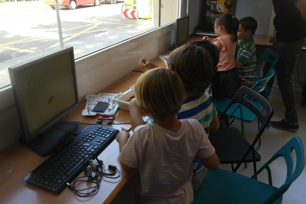 Les talleres de Robotica accueille des cours de robotique pour les enfants régulièrement