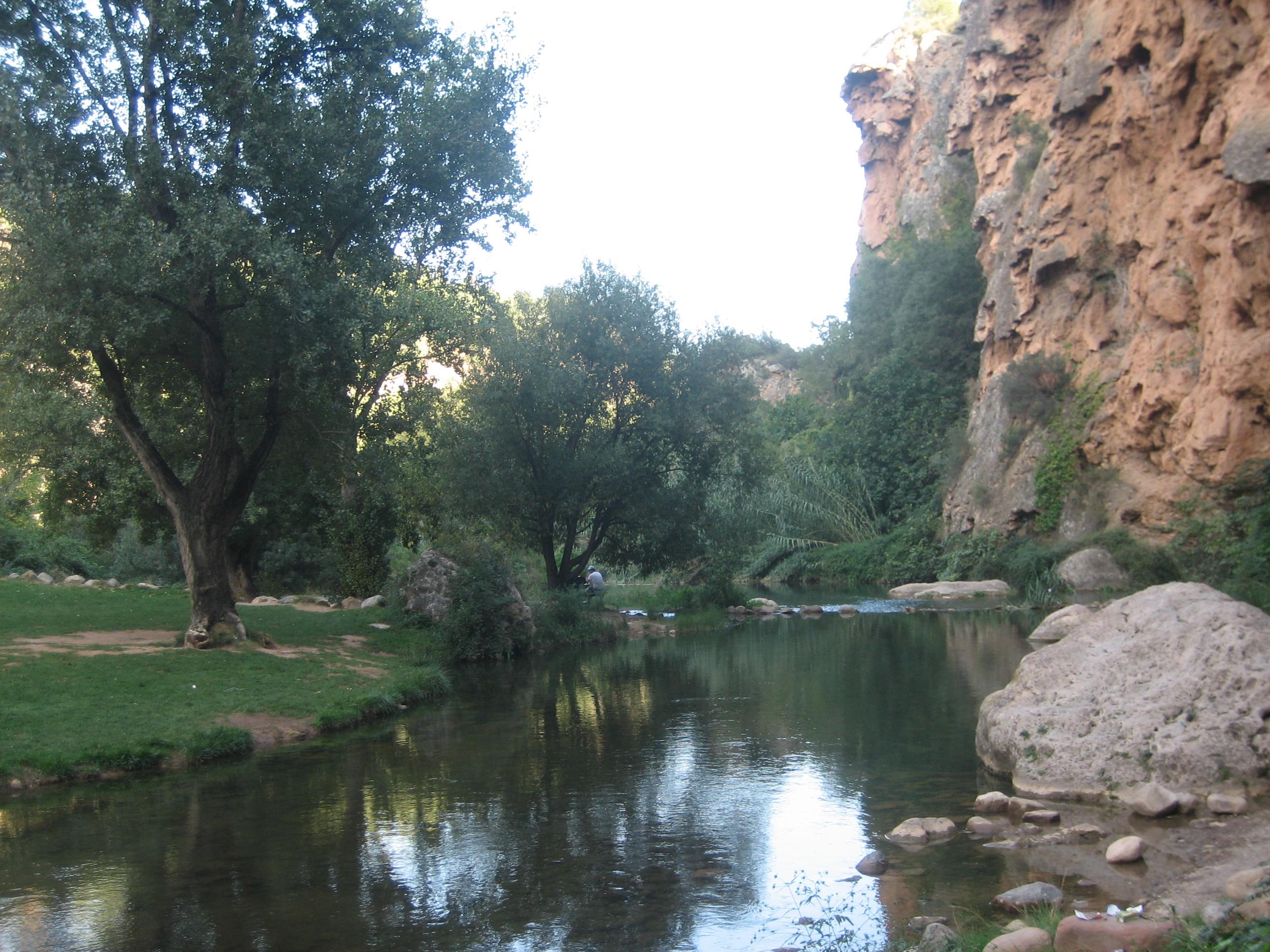 Disfrutar de las piscinas naturales de la comunidad for Piscinas naturales valencia